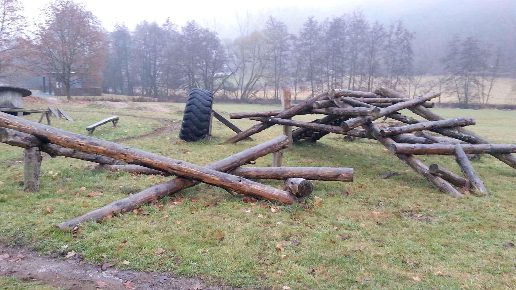 Roadtrip: Trial Parcours / Biketrial Strecke (Übungsparcours Flowtrail Bad Endbach)