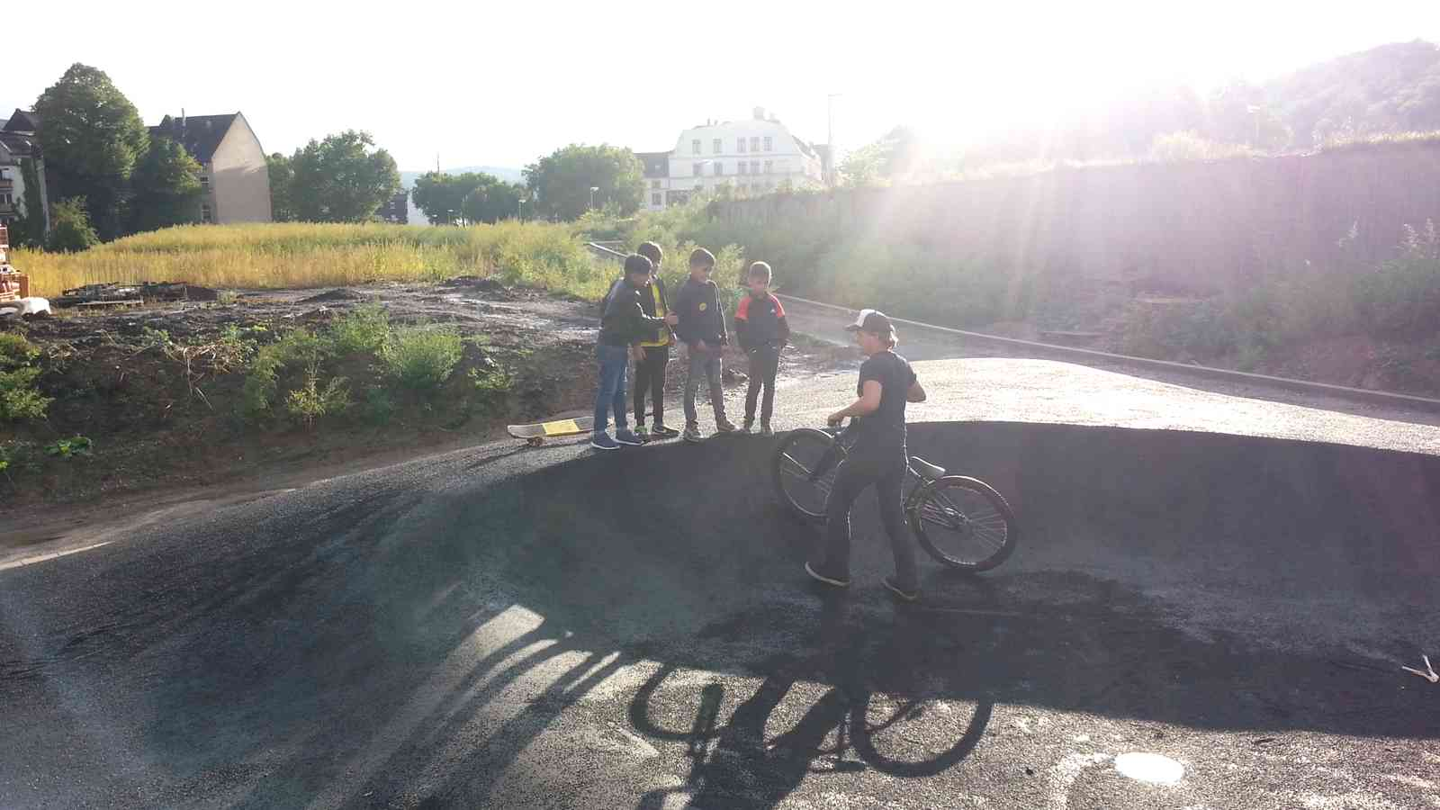 spotcheck: Asphalt Pumptrack Hagen | Dirtbike BMX Mountainbike Skatepark