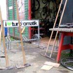 Trailbaufirma Werkzeug