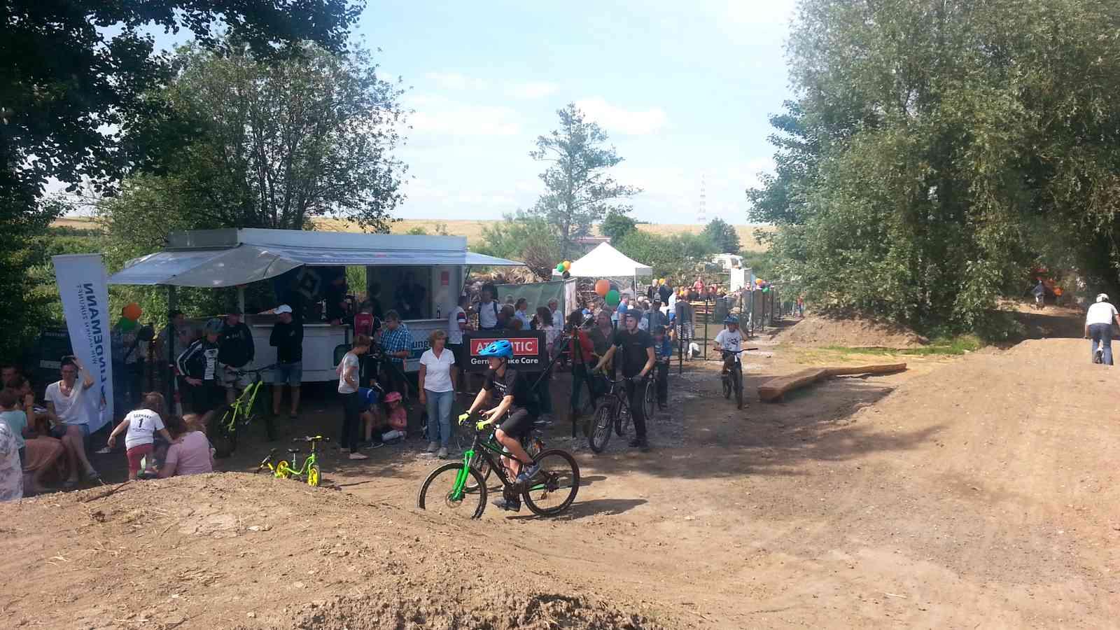 Eröffnung Bikepark Altes Land, Hollern-Twielenfleth, nahe Hamburg