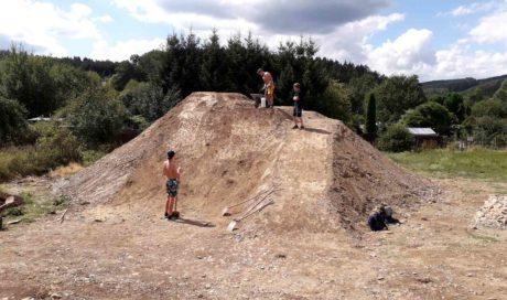 Bikepark Finnentrop | Dirtjumps + Pumptrack | Hometrail bauen